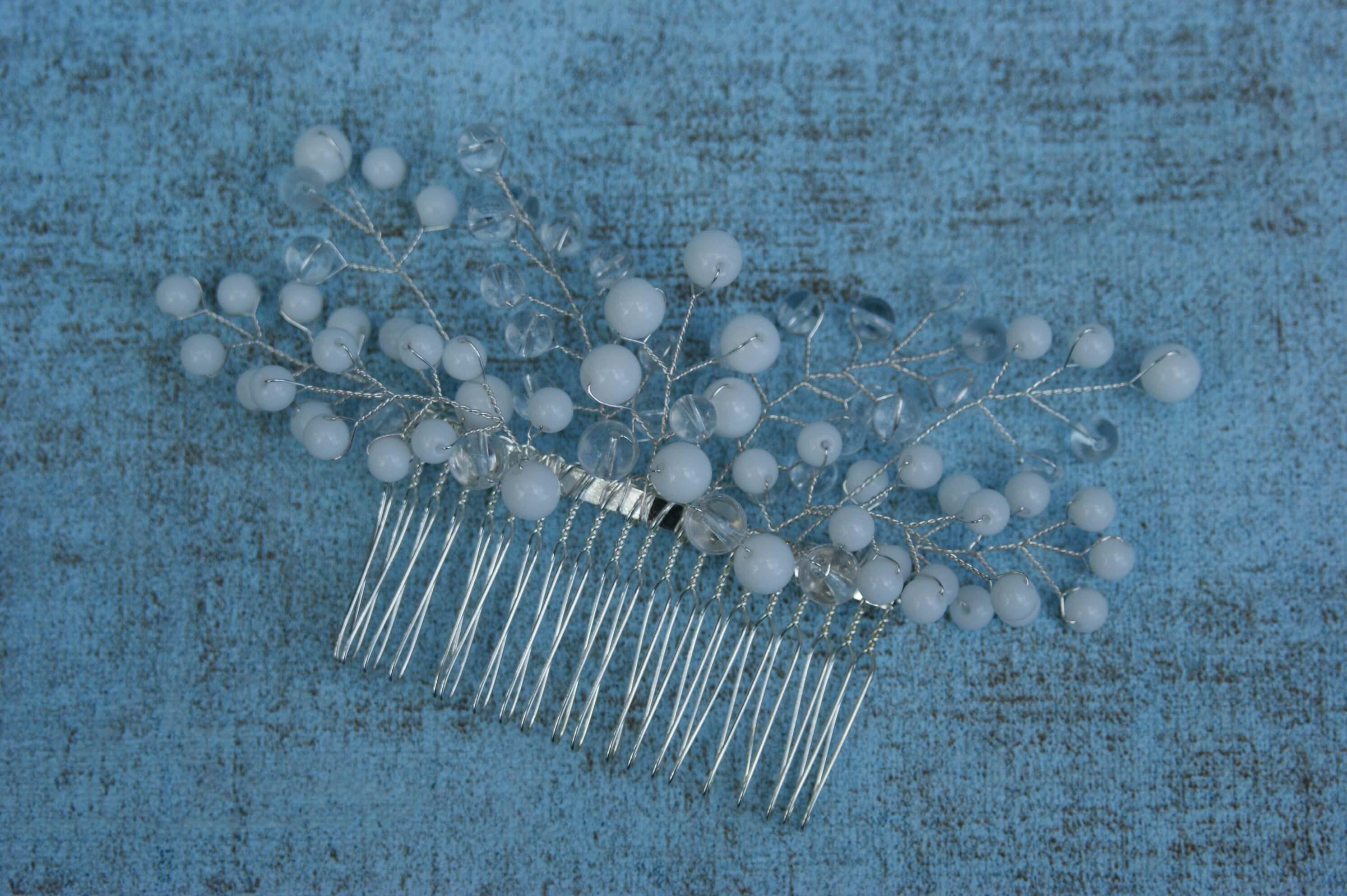 Hafésű gyöngyökkel esküvői fejdísz