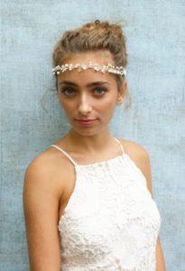 Gyöngykoszorú menyasszonyi fejdísz